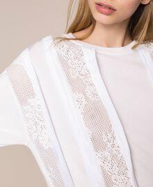 Maxi maglia con intarsi in rete e pizzo Nero Donna 201MP3011-04