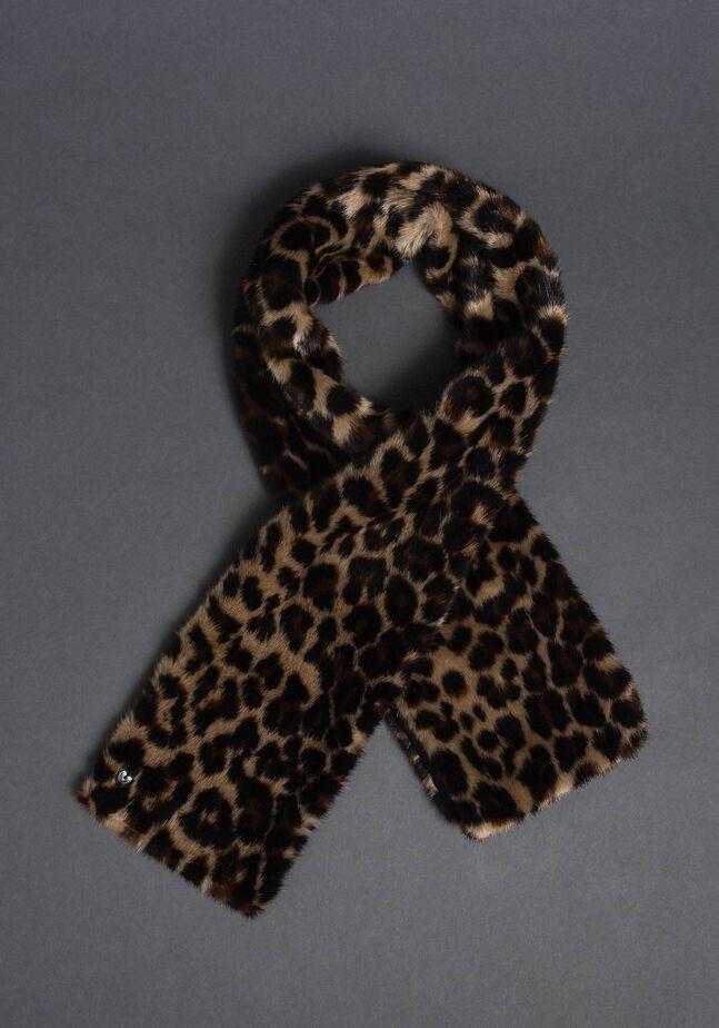 Animal print faux fur stole