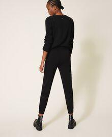 Pantalon de jogging en maille avec dentelle Noir Femme 202TP3384-04