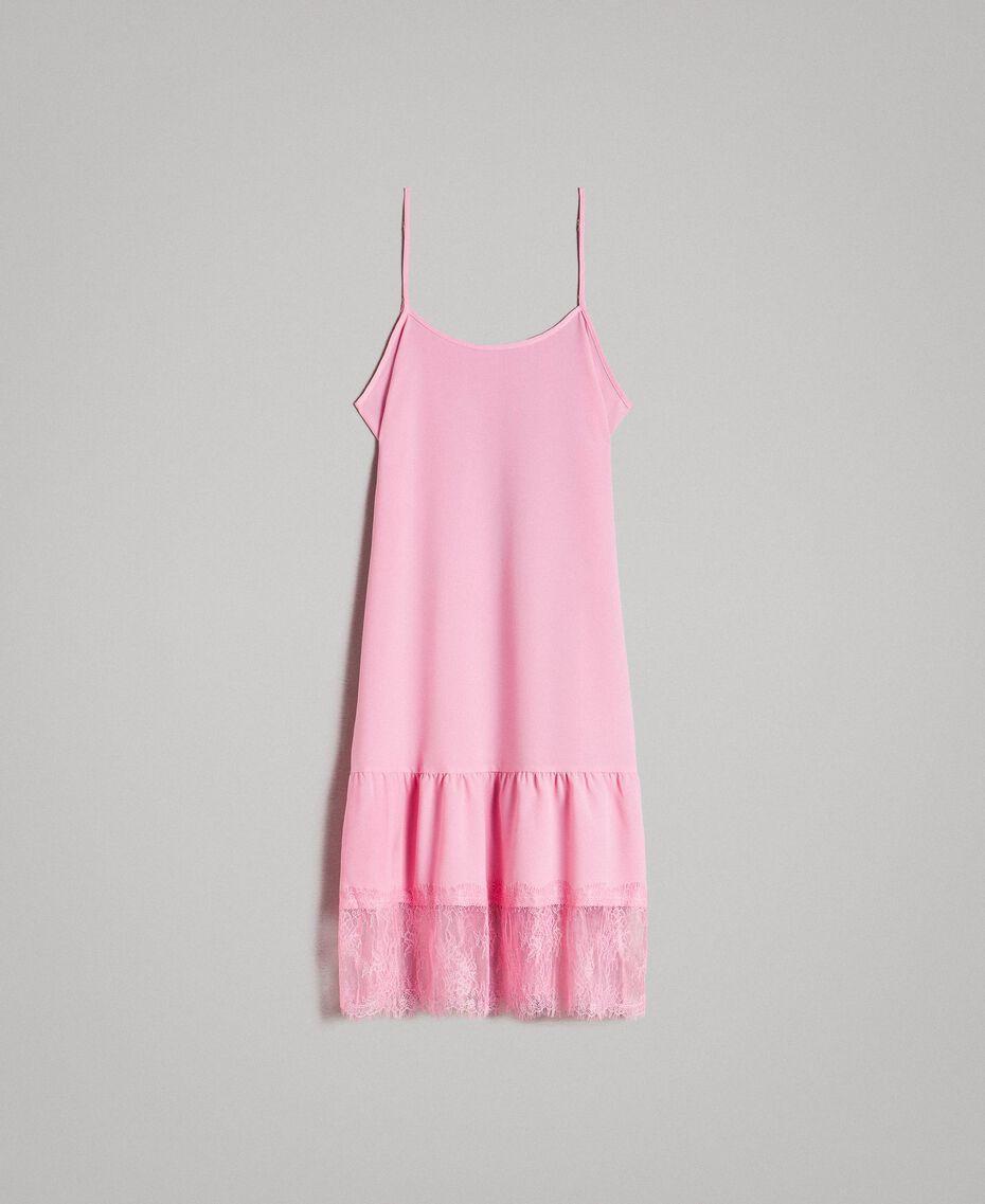 Kleid im Unterkleidstil aus Crêpe de Chine mit Spitze Hortensienrosa Frau 191MP2453-0S