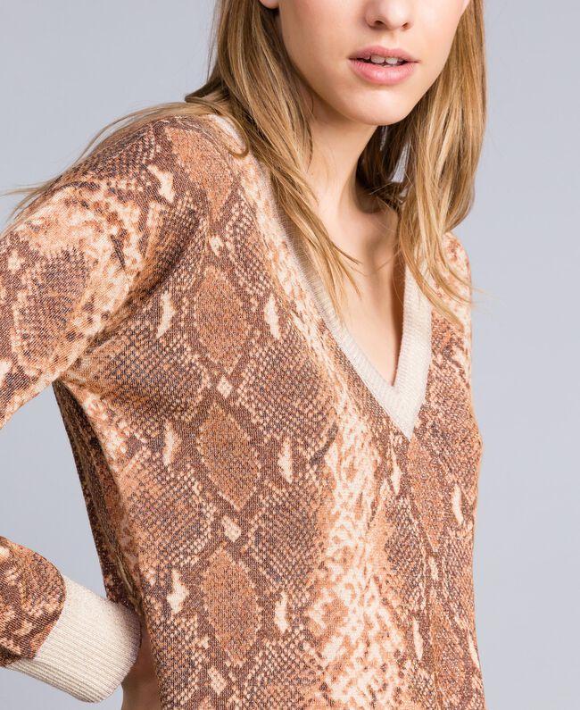 Maxi pull en laine mélangée animalière Imprimé Chocolat Serpent Femme PA83KB-04