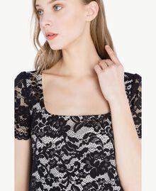 Kleid mit Spitze Schwarz Frau TS828P-04