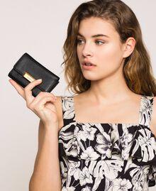 Mittelgroße Bea Bag Geldbörse aus Leder Schwarz Frau 201TA7033-0S
