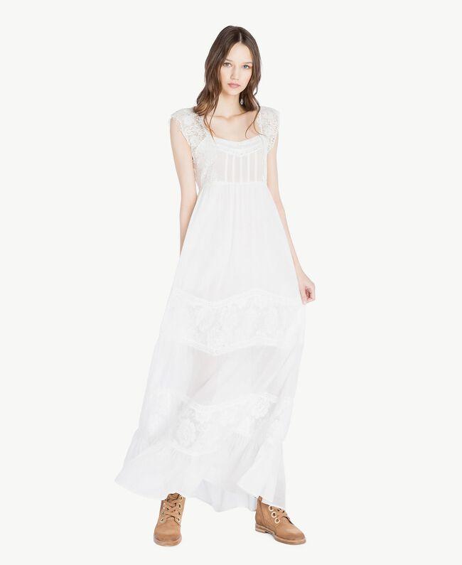 Kleid aus Musselin Elfenbein Frau SS82HS-01