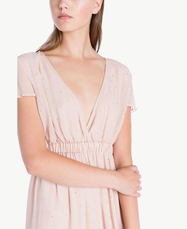 Langes Kleid mit Strassbesatz Nudebeige QA7PAB-04