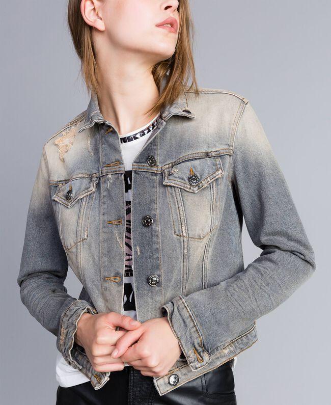 Jacke aus Denim Denim-Grau Frau JA82YC-01