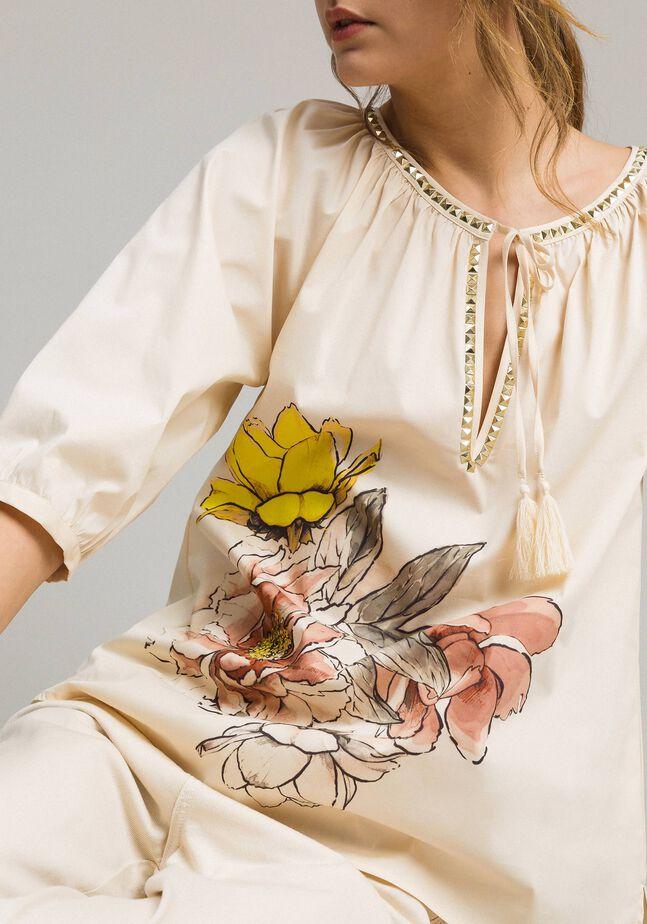 Popeline-Bluse mit Aufdruck und Nieten