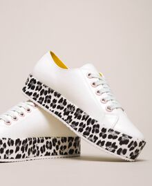 Animal print platform trainers Two-tone Vanilla / Animal Print Woman 201MCP140-03