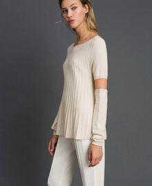 Plissierter Pullover mit Ärmlingen Sahneweiß Frau 192ST3171-02
