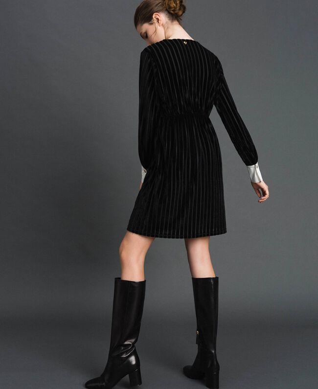 Robe en velours dévoré effet rayé Noir Femme 192MP2250-03