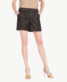 Shorts aus Jacquard Jacquard Schwarz / Goldene Streifen Frau TS82VE-01