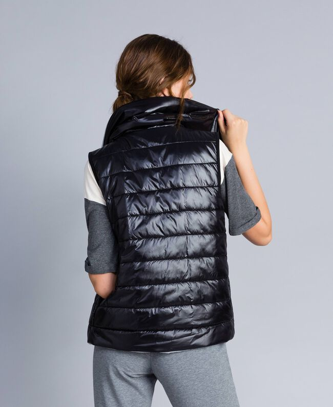 Reversible quilted gilet Black Woman IA85QQ-03