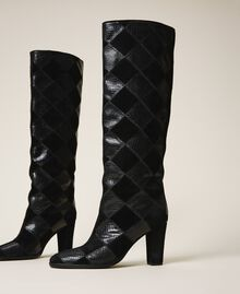 Stiefel aus Leder mit Rautendessin Zweifarbige Rauten Schwarz / Schwarz Frau 202TCT150-02