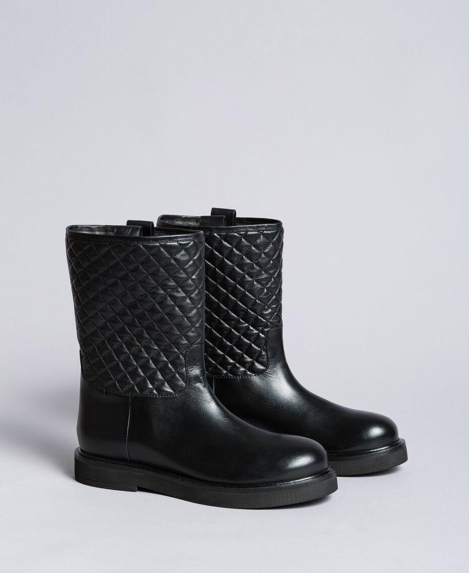 Stiefel aus Leder mit Charmkettchen Schwarz Frau CA8PLW-05