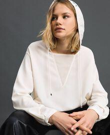 Hooded crêpe de Chine blouse White Snow Woman 192ST2080-02