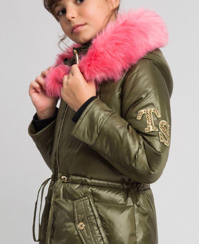 Doudoune avec capuche et fausse fourrure Vert Alpin Enfant 192GJ2072-04