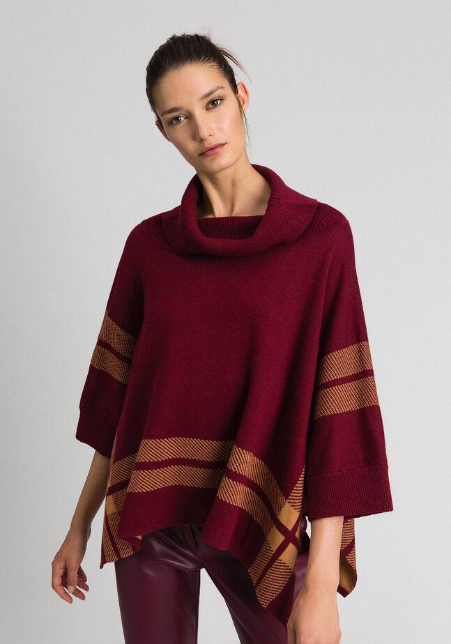 Reversible knit poncho