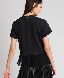 T-shirt con collo gioiello di perle Nero Donna 192TT2562-03