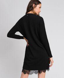Kleid aus Wolle und Kaschmir mit Stickereien und Unterkleid Schwarz Frau 192TP3331-03