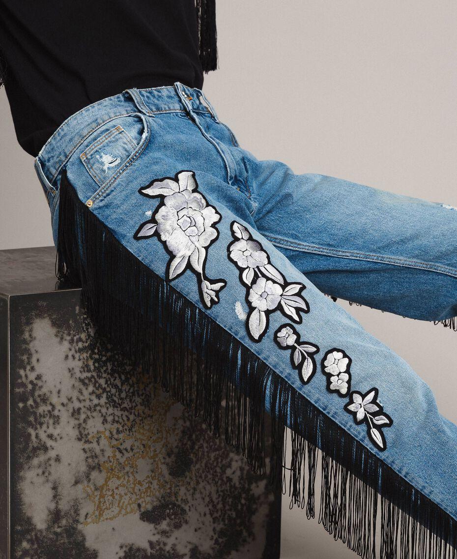 "Boyfriend jeans with floral patch and fringes ""Mid Denim"" Blue Woman 191TT2510-06"
