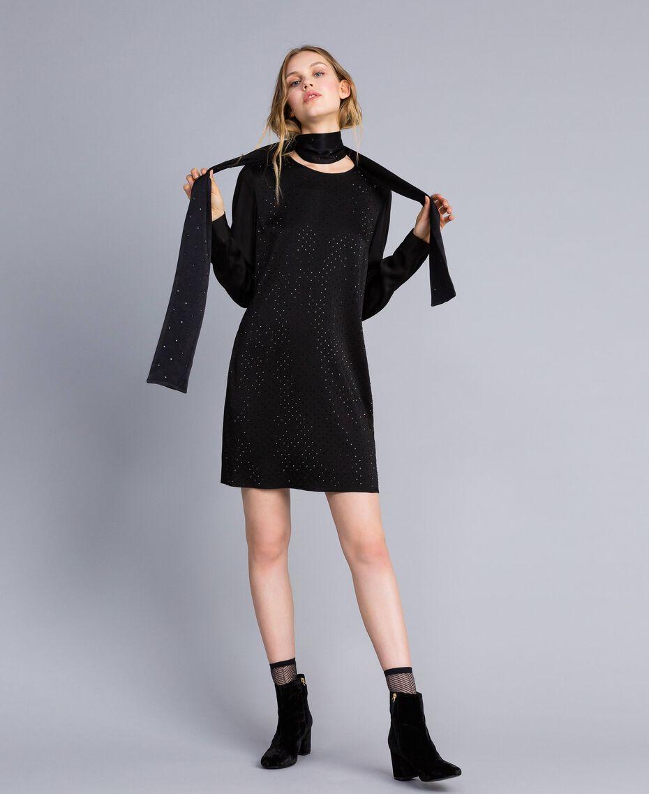 Écharpe avec petits clous Noir Femme OA8T1J-0S