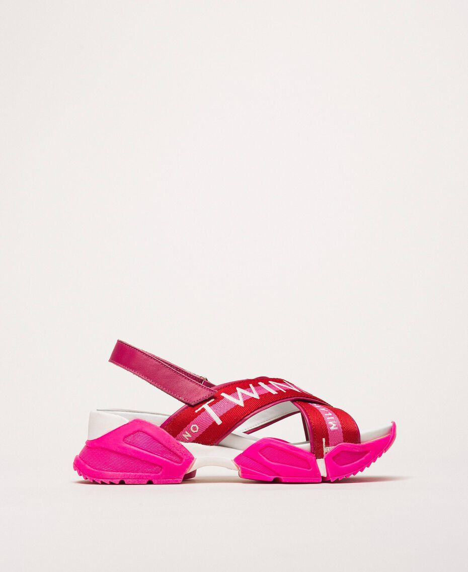 "Trainer sandals with logo bands Two-tone ""Geranium"" Red / ""Jazz"" Pink Woman 201TCT094-01"