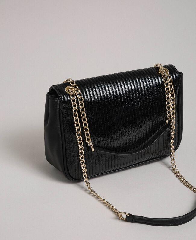 Sac à bandoulière en similicuir avec chaîne et clous Noir Femme 192MO8013-03
