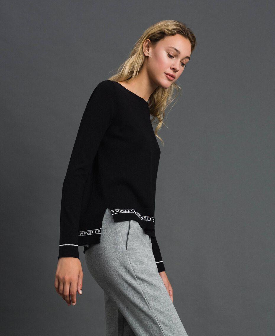 Pullover aus Seide und Kaschmir mit Logos Schwarz Frau 192TP3151-02