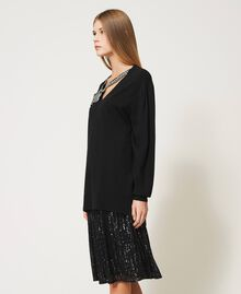 Maxi jumper with jewel bow White Snow Woman 211TQ301A-05