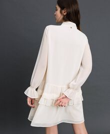 Kleid aus Georgette mit Reißverschluss Weiß Vanille Frau 192MT2060-04