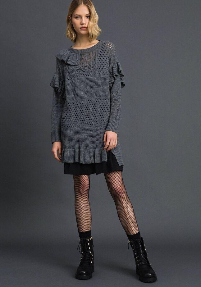 Kleid aus Wolle und Kaschmir mit Durchbruchmuster