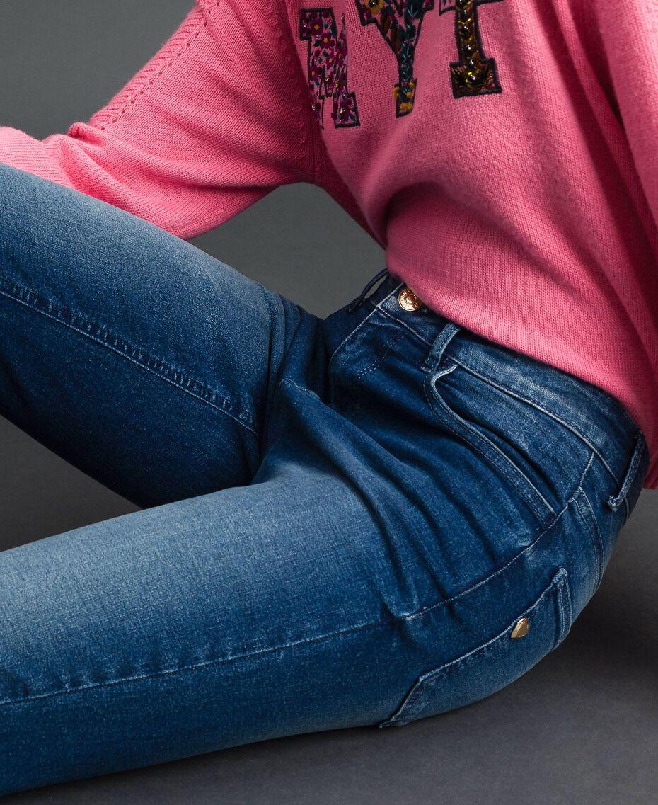 Skinnyjeans im Five-Pocket-Stil Denimblau Frau 192MP2471-05