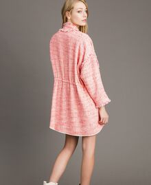 "Übergroße Jacke mit Fransen-Tweedmuster Multicolour ""Wild Rose"" Pink Bouclé Frau 191TP2522-03"