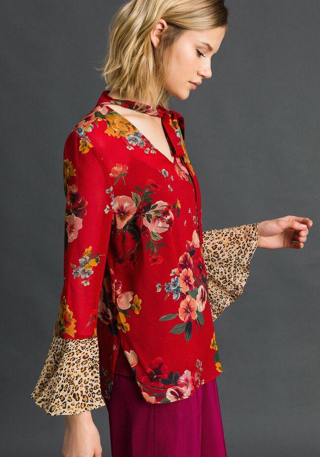 Блуза с цветочным и животным принтом