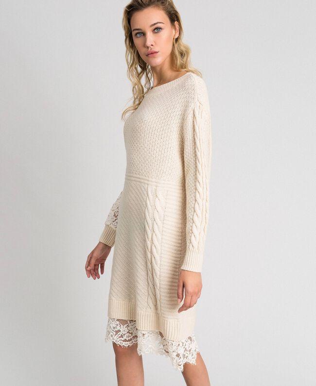 Robe en laine mélangée avec mélange de points et dentelle Blanc Crème Femme 192ST3051-03