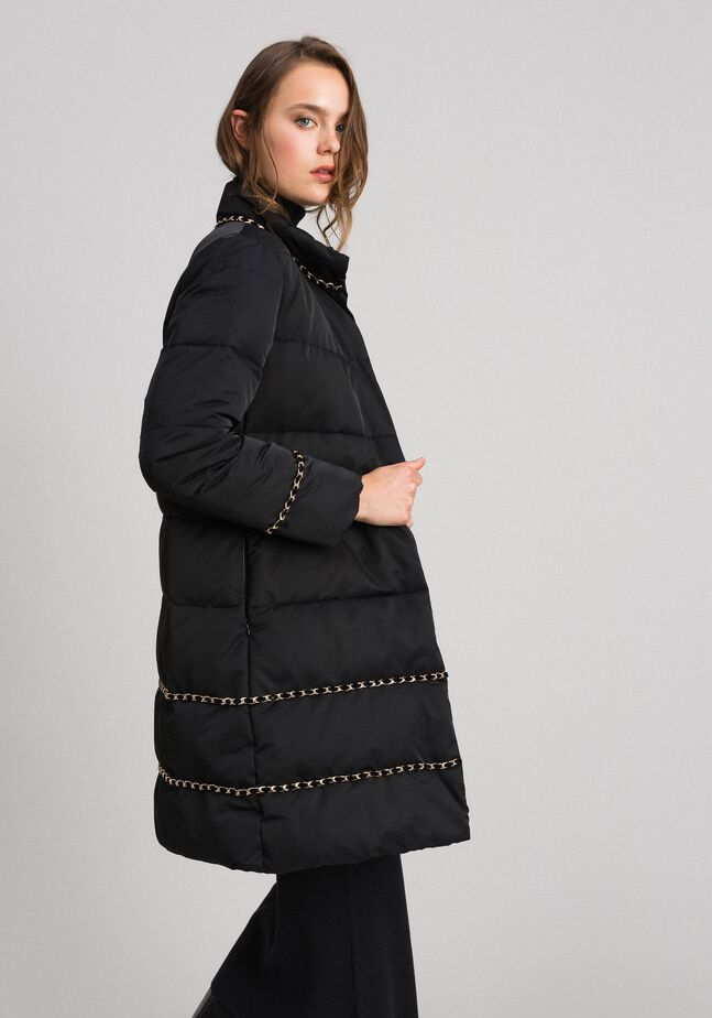 Quilted long puffer jacket with chains