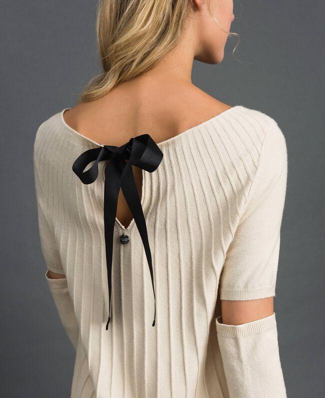 Pull plissé avec manchons Blanc Crème Femme 192ST3171-03