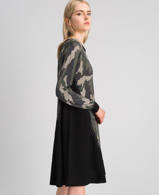 Robe en maille imprimée avec insertions Imprimé Mélange Fleur Noir Femme 192TT3341-03
