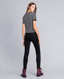 Jeans skinny in denim nero con strass Denim Nero Donna JA82R2-03