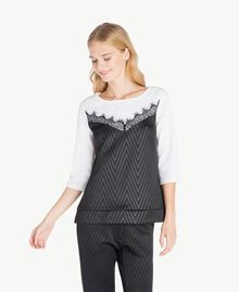 Laminated print sweatshirt Black / Ivory IA7SDD-02