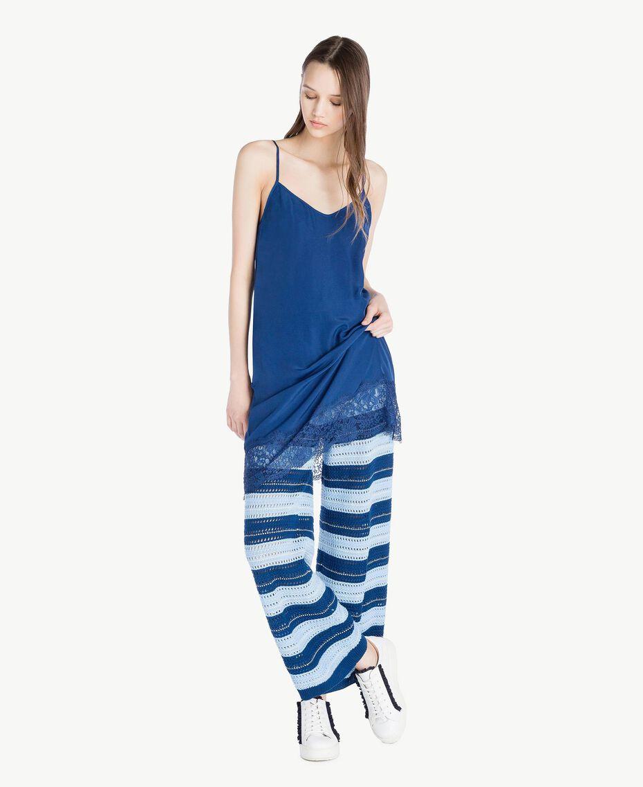 "Lace slip ""Navy Peony"" Blue Woman SS82GR-01"