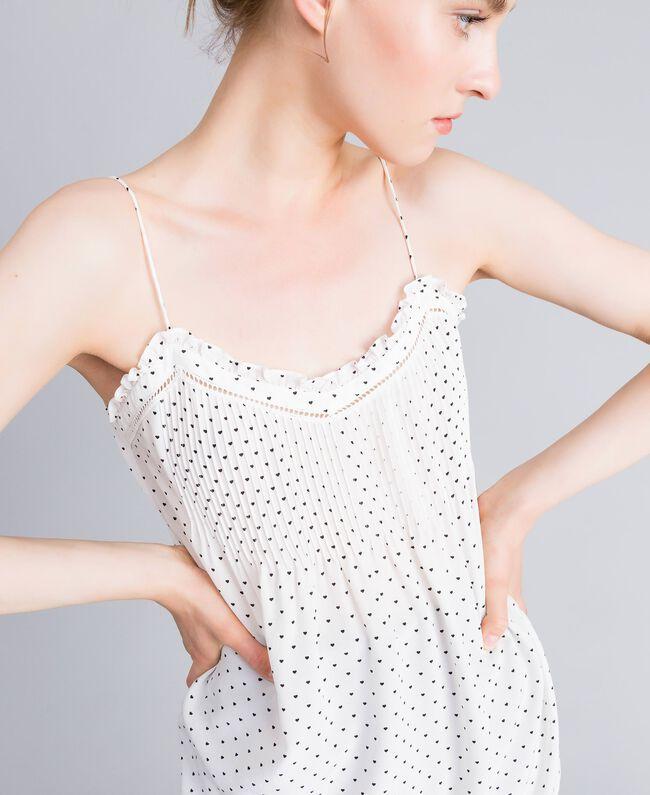 Top en soie avec petits cœurs Imprimé Cœurs Blanc Neige/ Noir Femme PA82N5-01