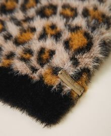 Mütze in Pelzoptik mit Animaldessin Animalier-Print Frau 202LL4FSS-02