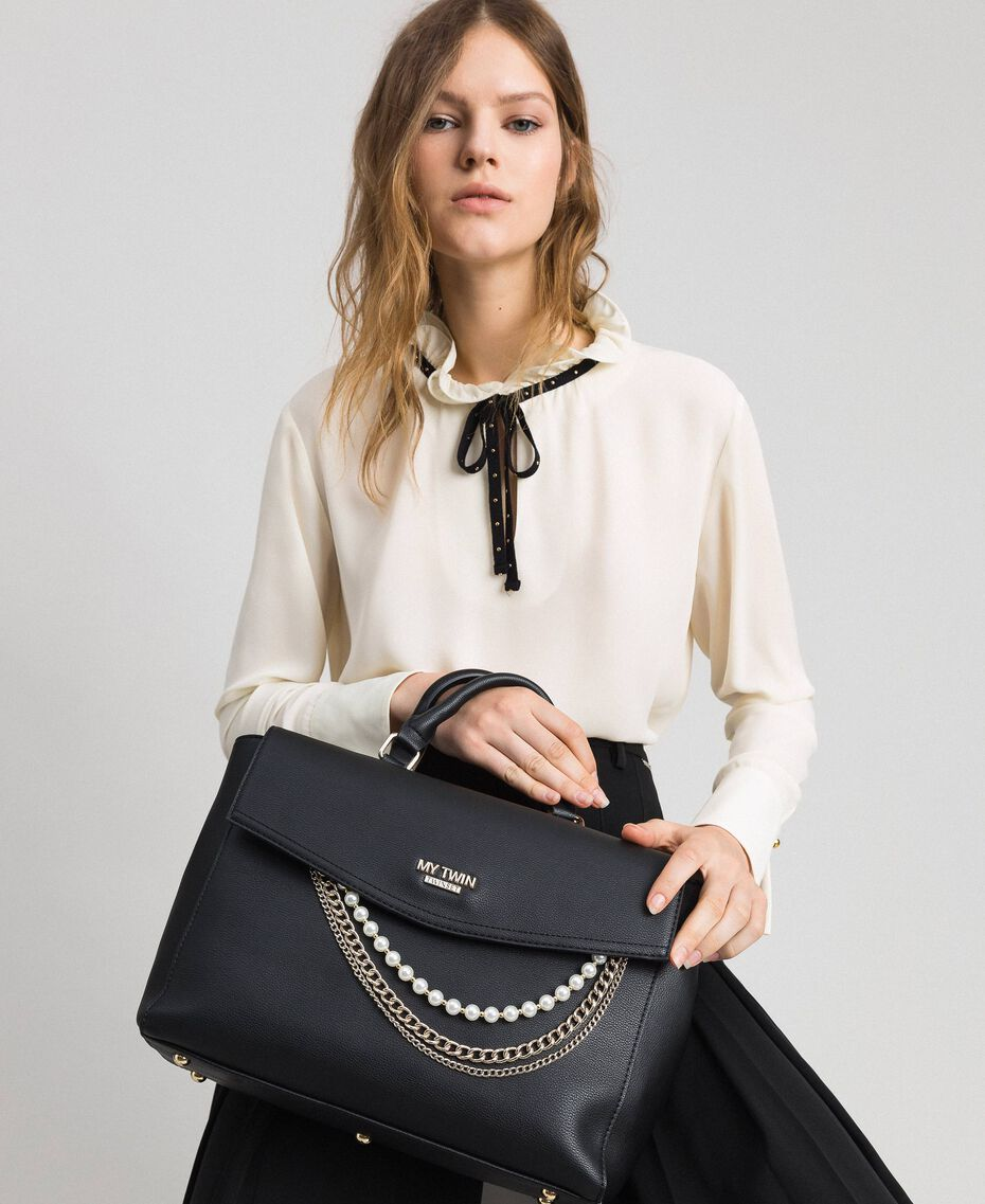 Faux leather shopper with pearls and chains Black Woman 192MA7053-0S