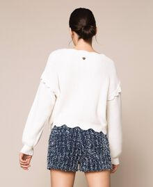 Scalloped boxy jumper White Snow Woman 201TP3021-03