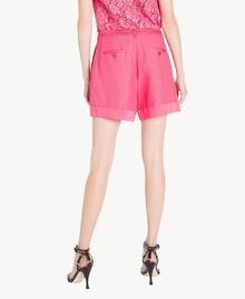 Shorts aus Envers-Satin Provocateur Pink Frau TS823B-03