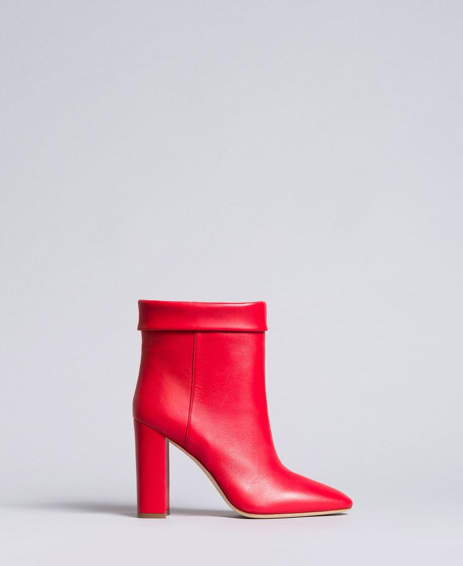 Bottines en cuir avec revers Rouge Coquelicot Femme CA8PLG-02