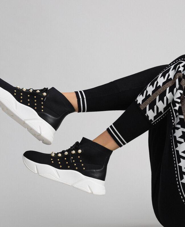 Текстильные кроссовки с жемчугом и заклепками Черный женщина 192TCP062-0S