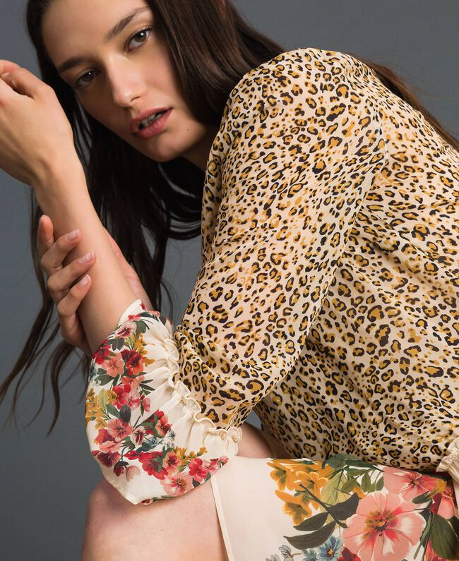 Dress with floral and animal print Leopard Print Woman 192TP2741-04