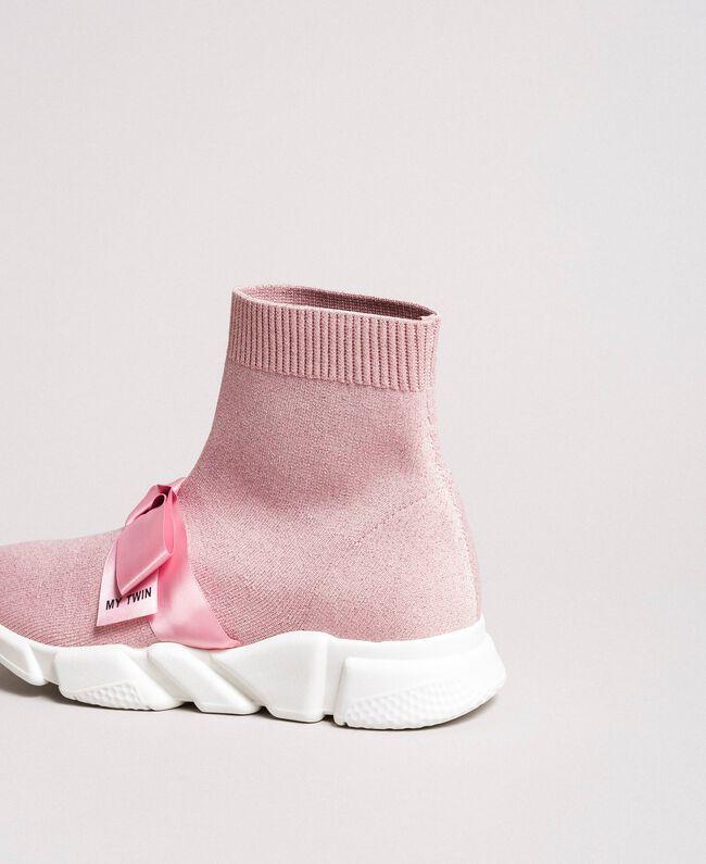 "Laufschuh mit Satinschleife ""Surreal Pink"" Frau 191MCP102-04"